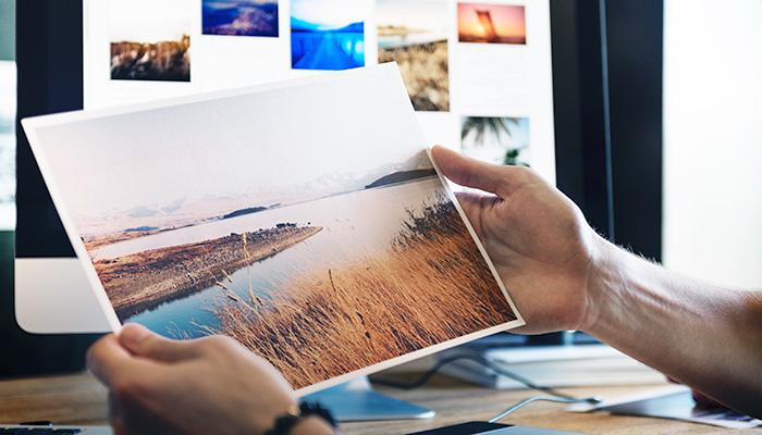 どんな背景画像を選べば目立つ&おしゃれなヘッダーに見える?